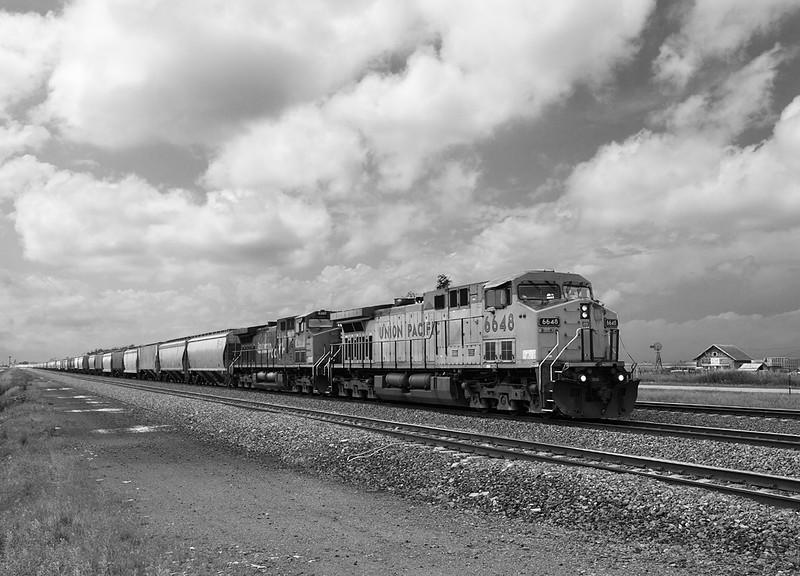 Union Pacific 6648 (GE AC4400CW) - Cozad, NE