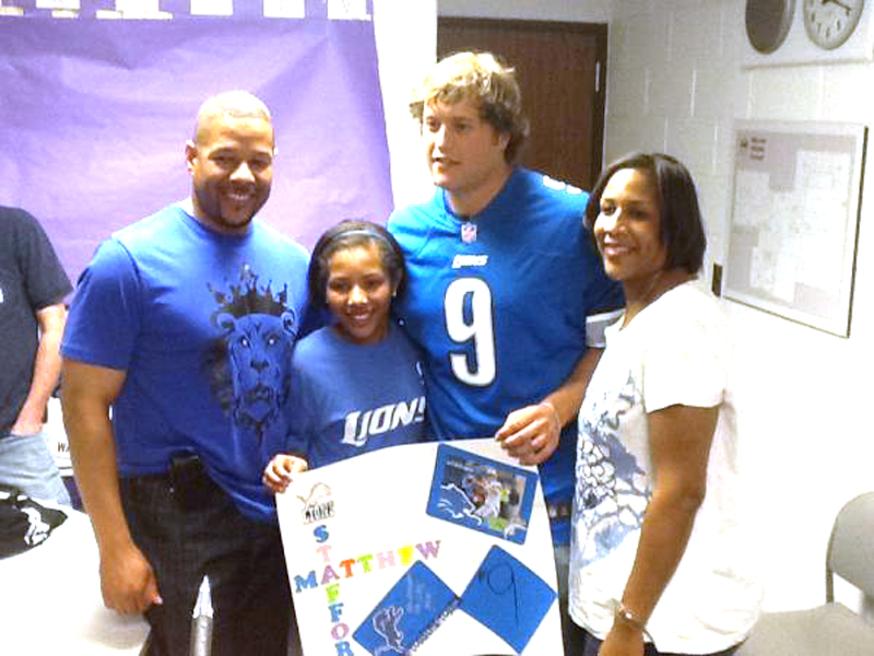 . Hailey Samples (Center) shares time with Detroit Lions quarterback Matthew Stafford. Her father Joe Samples is on the left and mother Sheila Samples on the right