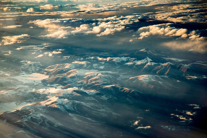 Every flight across the Rockies is presented with a new canvas intricately painted by the waxing and waning of the seasons and the daily dance of the sun. #Planescape