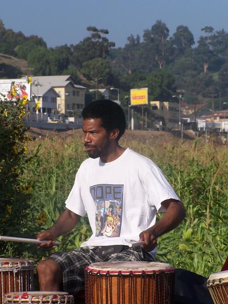 2005-10-02_LASHP_Drum-Circle_022.JPG
