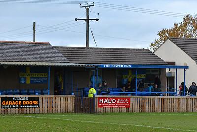 Barnoldswick Town (a) L 2-1