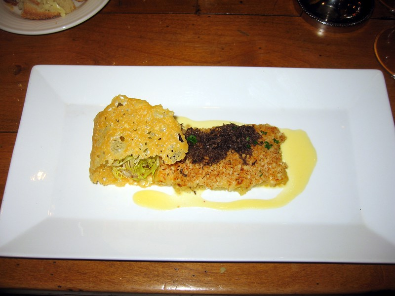 Macaroni and Cheese with Shaved Black Truffle, served with a parmesan crisp.  Paired with Treana, Marsanne/Viognier, Paso Robles, Central Coast, California (2008).