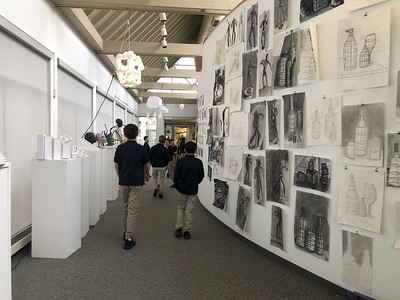 5th Grade - Arts Center Gallery Visit Upper School Show