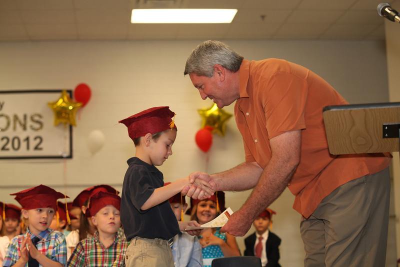 2012May18_MTA Kinder Grad_9735.JPG