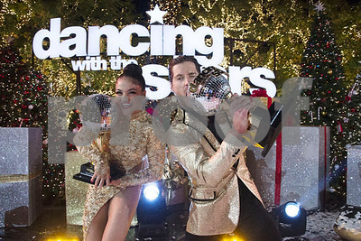 gold-medalist-laurie-hernandez-wins-dancing-with-the-stars
