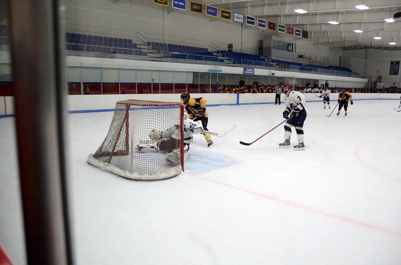 141005 Jr. Bruins vs. Springfield Rifles-182.JPG
