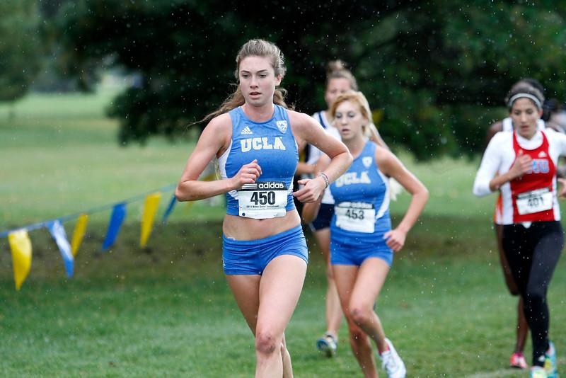 UCLA-Cross-Country-Team-2014