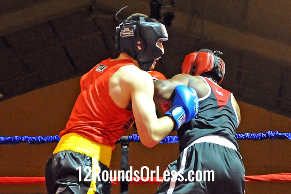 Bout 5 Keith Fairchild, King's Gym -vs- Mark Robinson, Foundation BC, 178 lbs, Sub-Novice