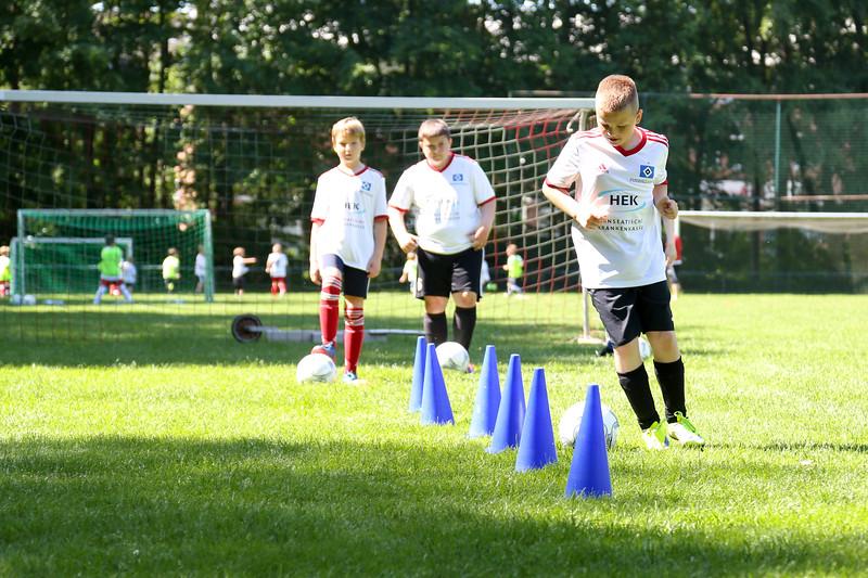 hsv_fussballschule-305_48047994803_o.jpg