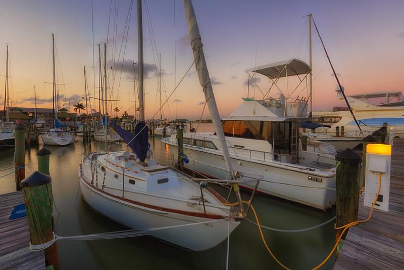 20120510_Naples_Harbor_0037_HDR-Edit.jpg