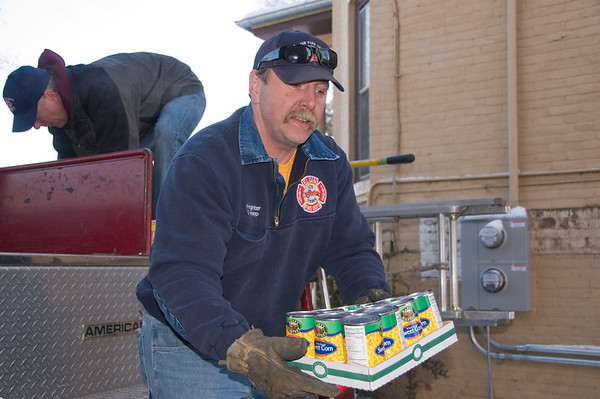 Elgin Firefighter Local Helps Restock Salvation Army Shelves