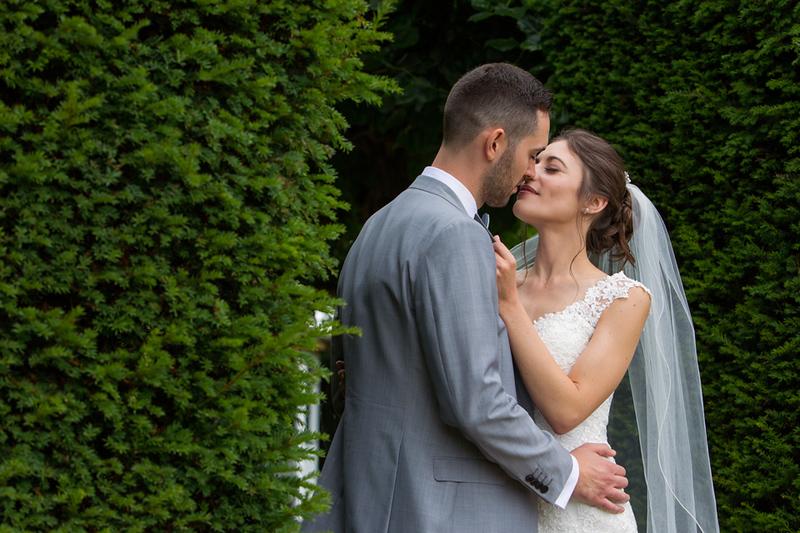 wedding-photographer-bride-groom-greenwoods- (33).jpg