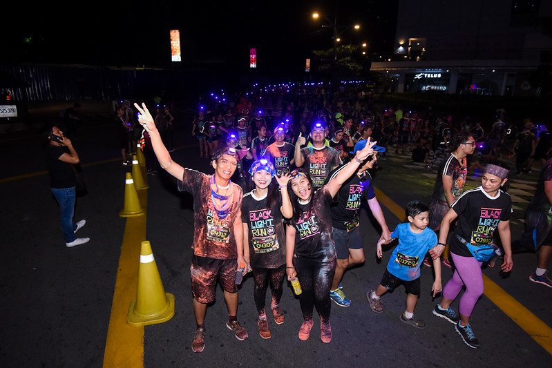 Color Manila Black Light Run (81).jpg