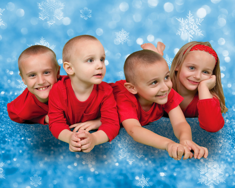 26 Wiley Family Dec 2012 (10x8)(with background).jpg
