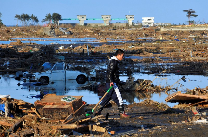 JapanEarthquake2011-73.jpg
