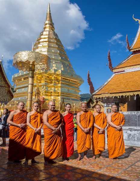_DSC6064Monks Wat Phrathat Doi Suthep .jpg