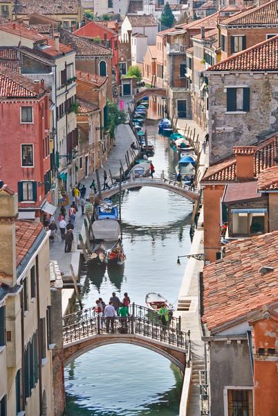 Venice: Canals & Bridges