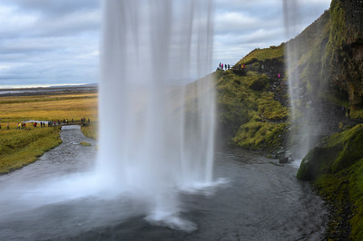 Seljalandsfoss - Walk behind a waterfall