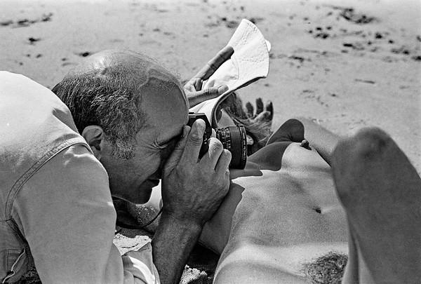 Caio Goldin Fotógrafo | Fotos desnudo en Francia - Outdoor nude portrait workshops by Franco Fontana and Lucien Clergue, Arles 1978