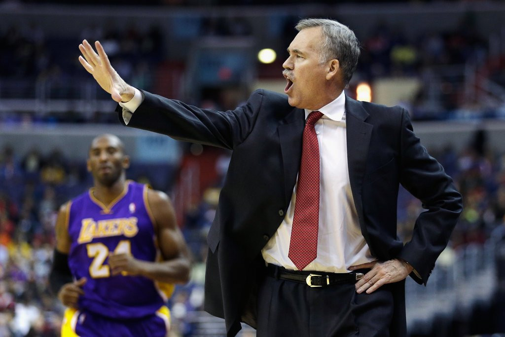 ". <p>10. (tie) MIKE D�ANTONI <p>Magic and Kobe know Phil Jackson. Phil Jackson is a friend of theirs. Sir, you�re no Phil Jackson. (unranked) <p><b><a href=\' http://www.latimes.com/sports/basketball/nba/lakers/la-sp-lakers-kobe-20140313,0,5132582.story#axzz2vs1cj2Dk\' target=""_blank\""> HUH?</a></b> <p>    (Rob Carr/Getty Images)"