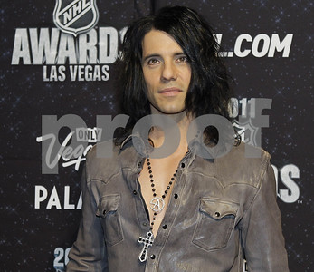 criss-angel-loses-consciousness-during-stunt-blames-poor-eating-sleeping-for-mishap