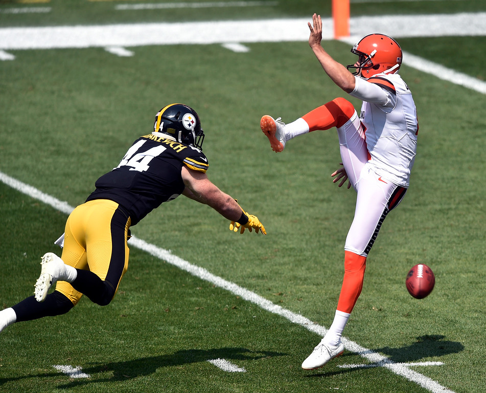 . Pittsburgh Steelers outside linebacker Tyler Matakevich (44) blocks a kick by Cleveland Browns punter Britton Colquitt (4) during the first half of an NFL football game, Sunday, Sept. 10, 2017, in Cleveland. (AP Photo/David Richard)