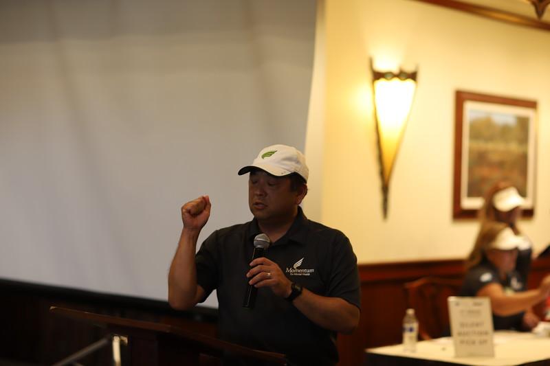 Momentum Golf Benefit-418.jpg