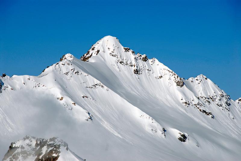 080502 1715 Russia - Mount Elbruce - Day 2 Trip to 15000 feet _E _I ~E ~L.JPG