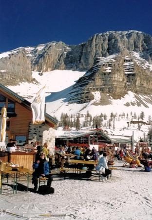 090.Ski.jpg