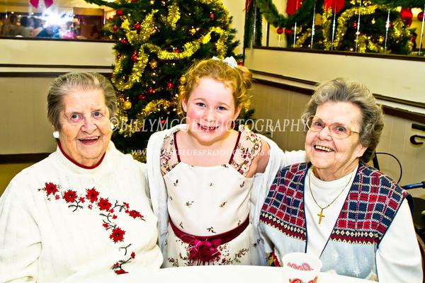 McDonnell Family Christmas Dinner - 03 Dec 11