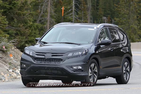 Honda CR-V Facelift Caught Testing
