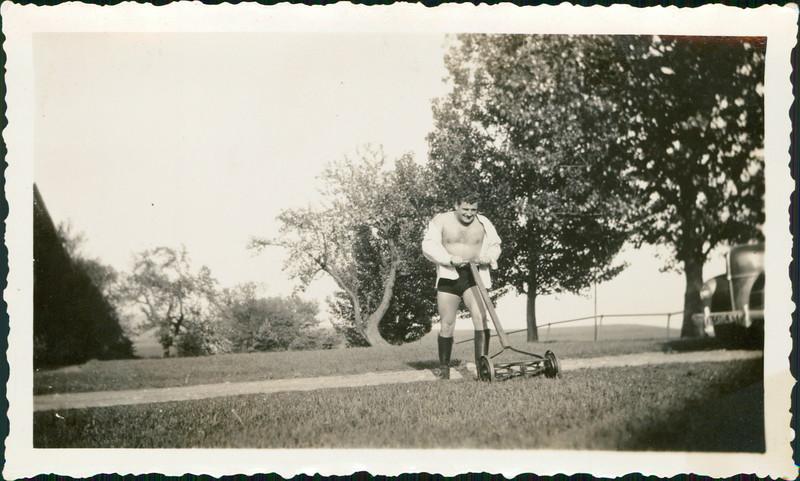1932_George_E17-01.jpg
