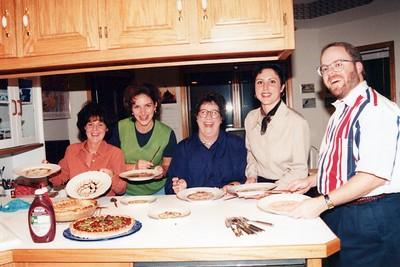 10-10-1998 Dinner Timpe, Karie, Megan, Dana