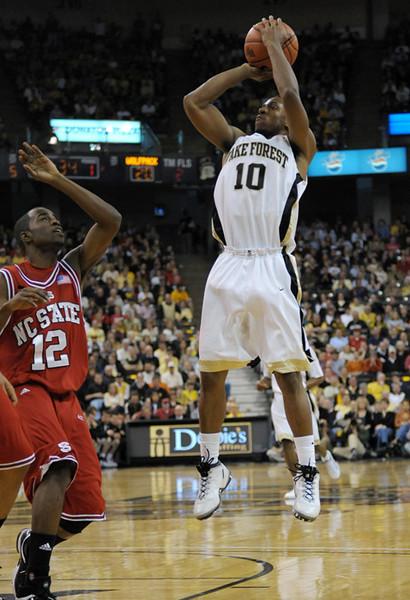 Smith short jumper.jpg