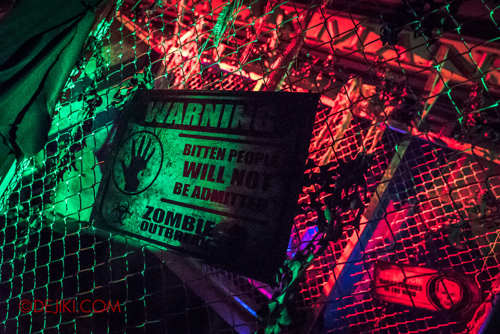 Halloween Horror Nights 7 Zombie Laser Tag - Bite warning