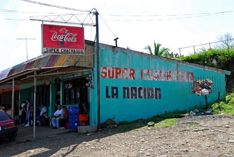 080126 0188 Costa Rica - La Fortuna to San Ramone Bus Trip _L ~E ~L.JPG