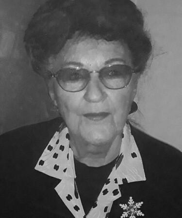 Joan Rauls bw