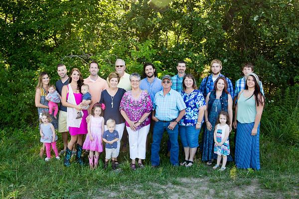 Betty Kincade Extended Family 2017