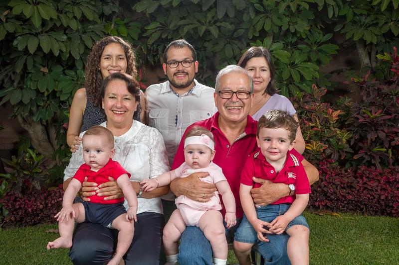 Sesión Familiar (Abril 2018)-15.jpg