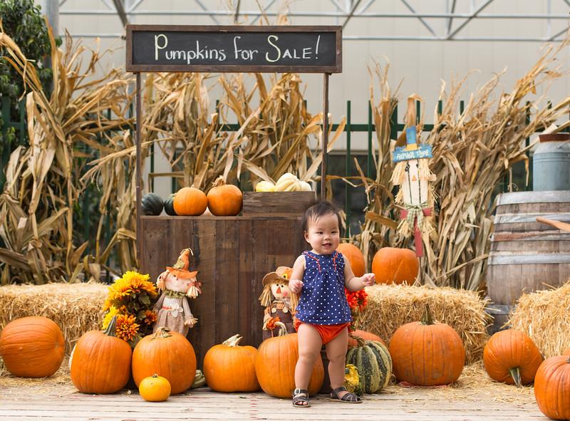 oliver_ella_pumpkin_patch-44.jpg