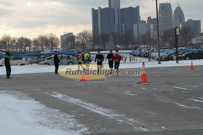 1.1 Mile Mark 5K - 2013 Fifth Third Bank New Years Eve 5K