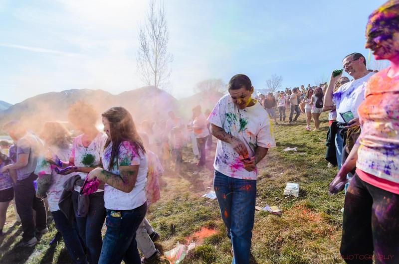 Festival-of-colors-20140329-054.jpg