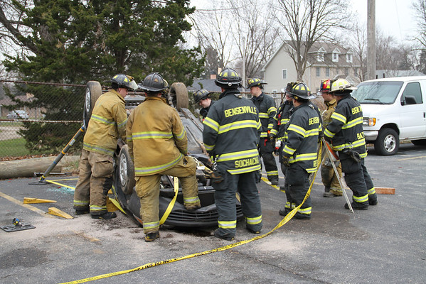 BFPD TRAINING WITH PARATECH STRUTS 12.13/14 2011