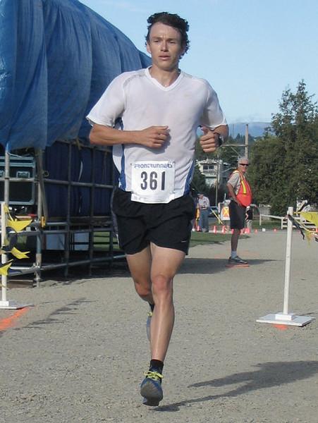 2005 Run Cowichan 10K - img0218.jpg