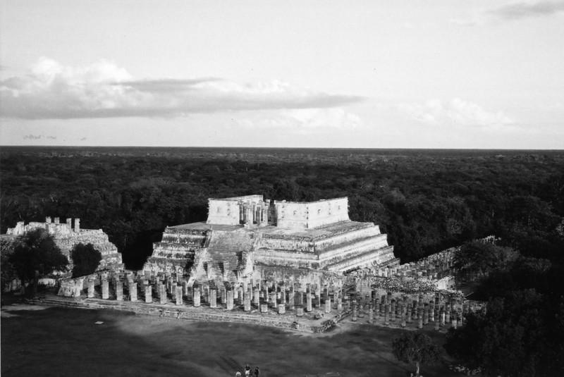 BW Test Chichen-temple2.jpg
