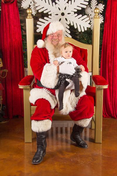 Santa 12-16-17-285.jpg