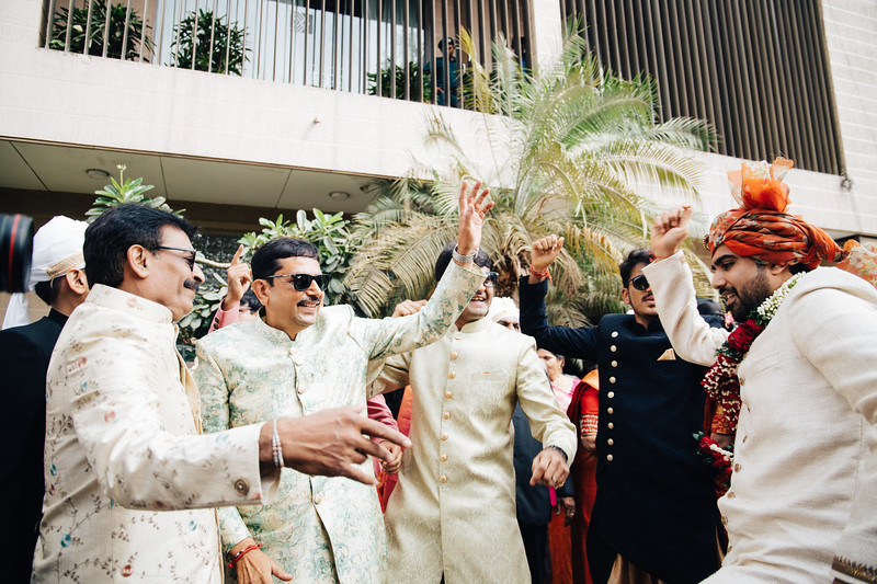 Poojan + Aneri - Wedding Day EOSR Card 1-1375.jpg