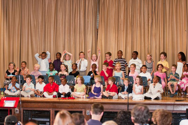 100524-JP Kindergarten Graduation-0482