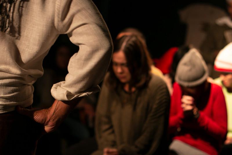 Allan Bravos - Fotografia de Teatro - Indac - Migraaaantes-483.jpg