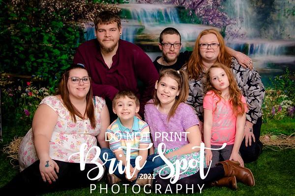 Tomlinson, Treyanne EASTER FAMILY 2021